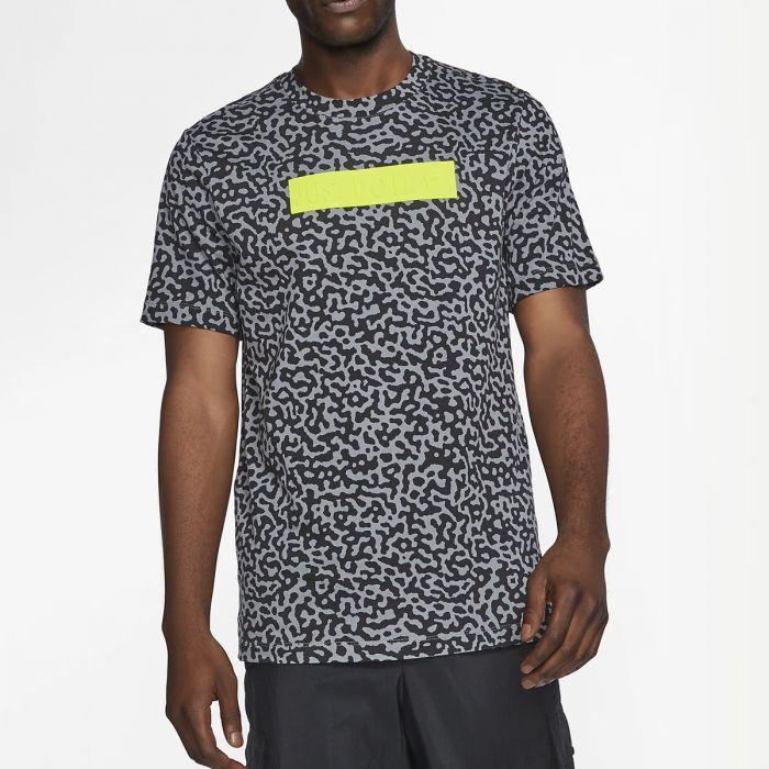 Noisy Syntetic T-Shirt